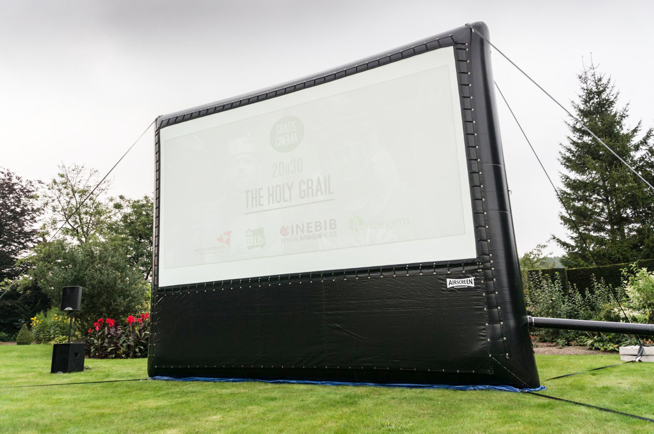 airscreen 610 x 343cm outdoor projection screen projection